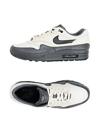 fe96de2495 Zapatillas Bajas Nike para Hombre: 1715+ productos | Stylight