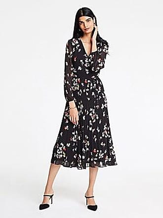 708c4b4c060 ANN TAYLOR Petite Meadow Floral Pleated Wrap Dress