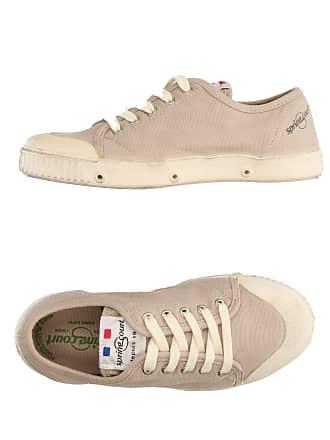 Chaussures pour Hommes en Crème </p>                     </div>   <!--bof Product URL --> <!--eof Product URL --> <!--bof Quantity Discounts table --> <!--eof Quantity Discounts table --> </div>                        </dd> <dt class=