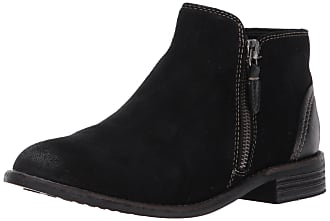 Clarks Low-Cut Ankle Boots − Sale: up