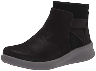 Clarks Ankle Boots: Must-Haves on Sale