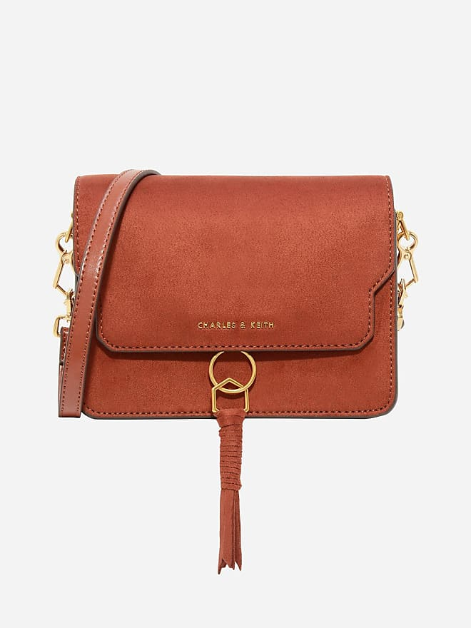 0b8013dff71 5 Affordable Bags to Hold You Over Until Black Friday Sales